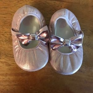 Other - Adorable pink ballet slippers